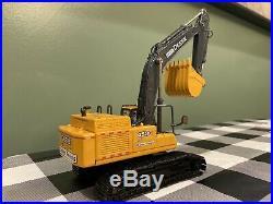 150 Ertl John Deere 450D LC Excavator United Rentals