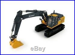ERT45432 ERTL John Deere 210G LC Excavator