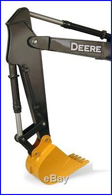 Ertl Big Farm John Deere 200Lc Excavator Toy Crawler Construction Tractor Model