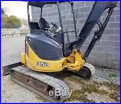 Genuine Deere 35d 2012 Mini Excavator