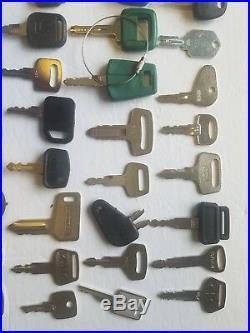 Lot of Heavy Equipment Key Caterpillar 55 Keys Kubota Komatsu John Deere JCB Cat
